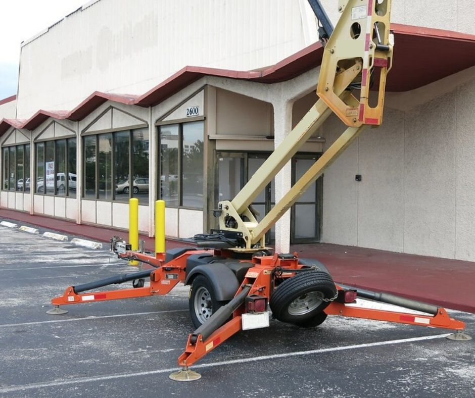 Tow-behind boom lift outside