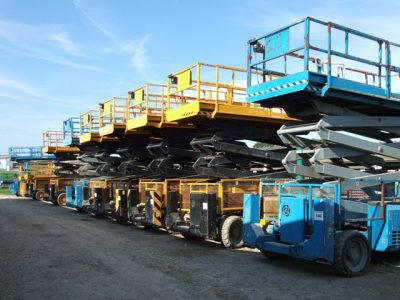 Variety of electric scissor lifts for sale