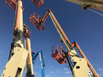 Large aerial man lifts extended