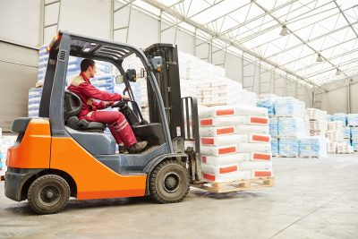 Pneumatic Tire Forklift Truck in Warehouse