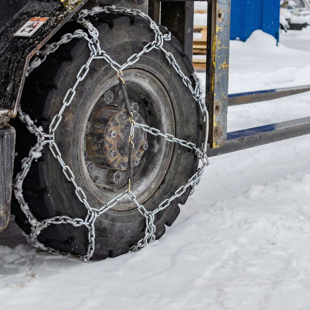 Forklift tire chains used in extreme forklift conditions