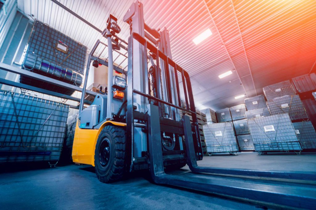 New counterbalance lift truck with pneumatic tires