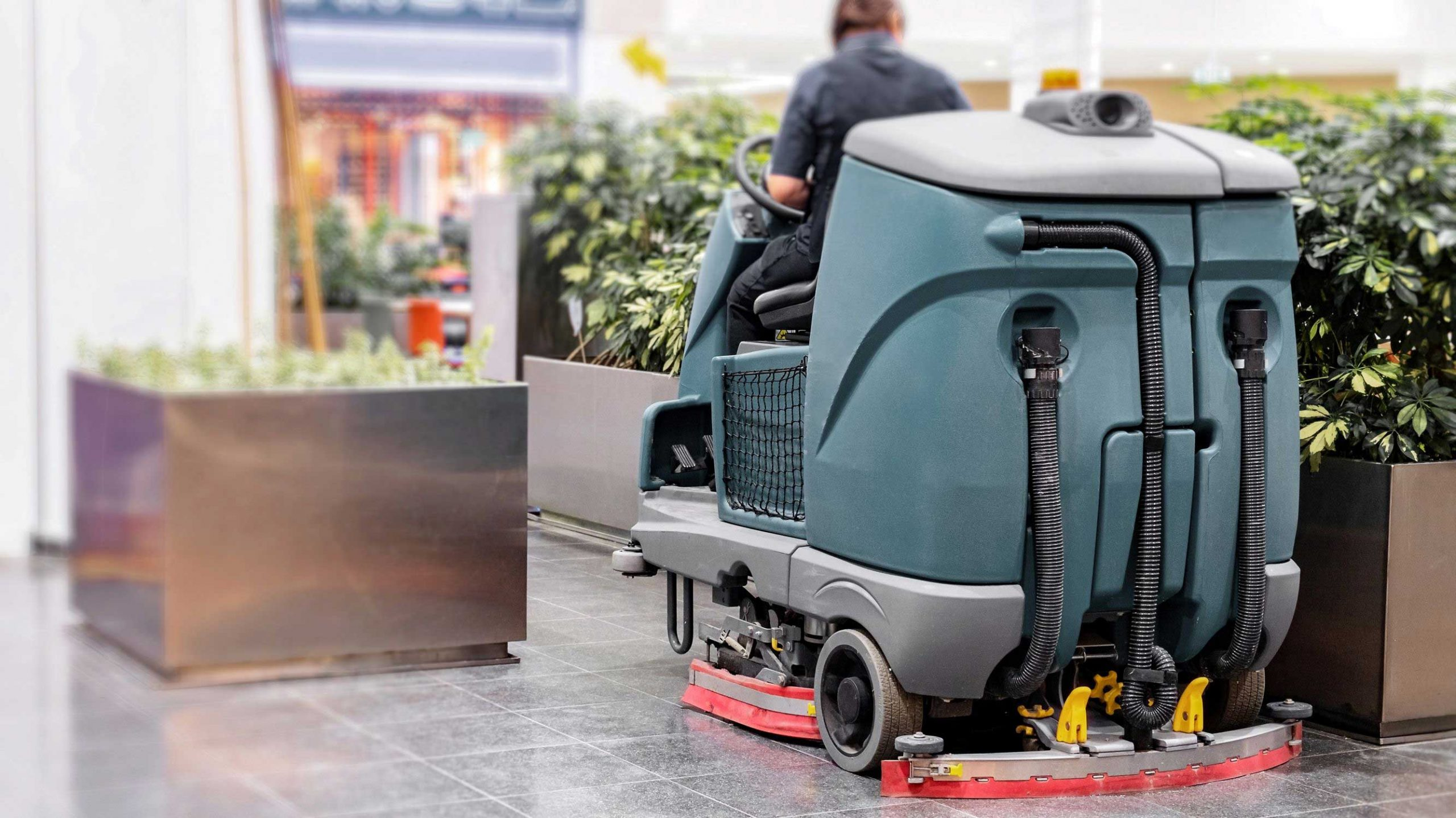 What Commercial Cleaning Training Do Scrubber Operators Need?