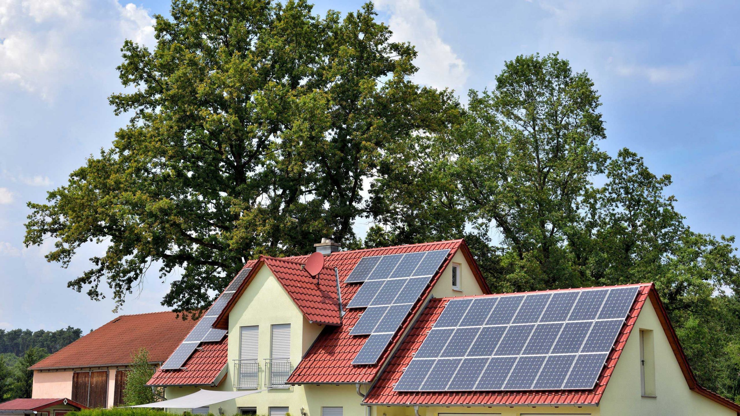 Solar Financing Options for Homeowners to Consider