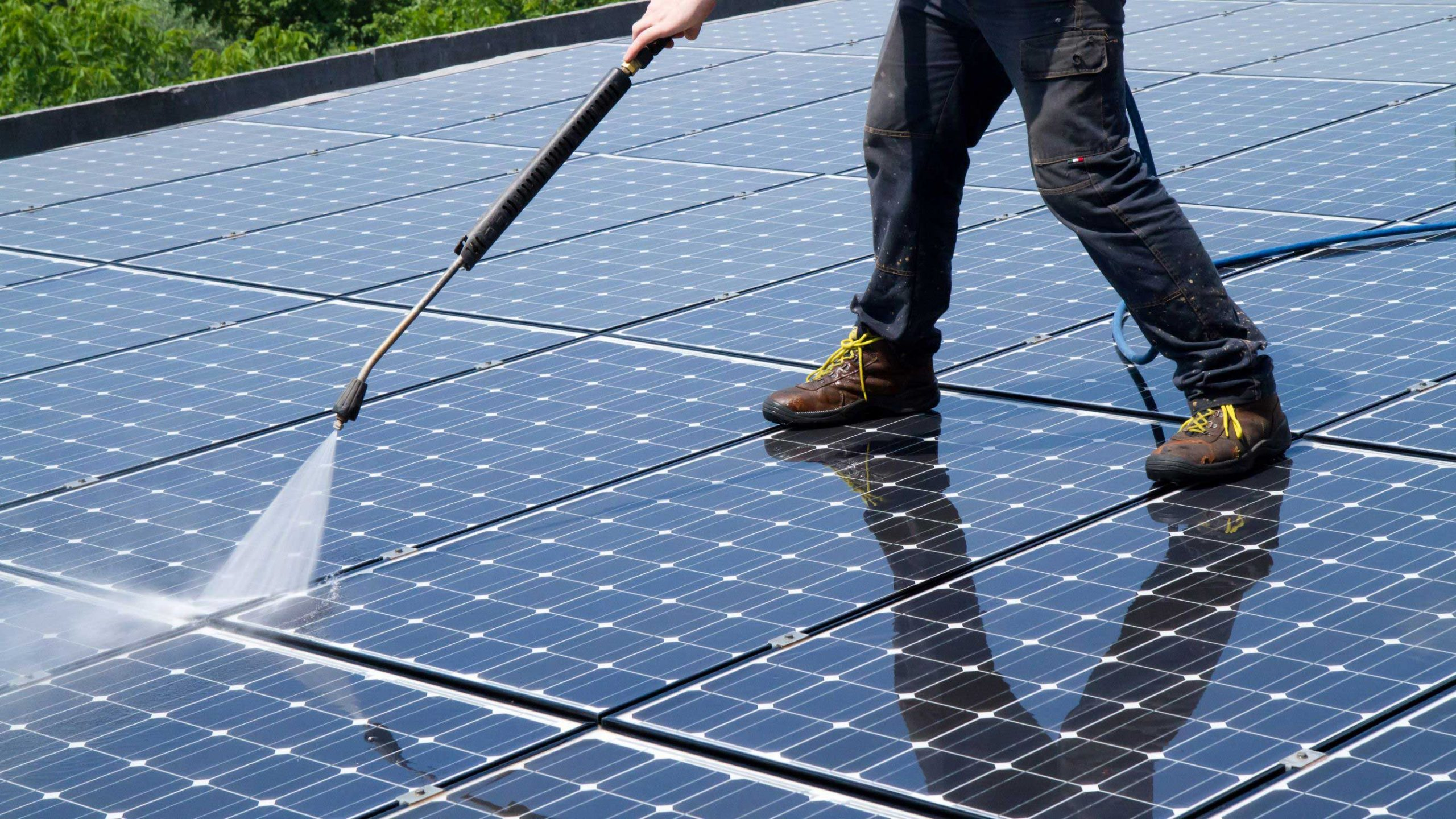 Solar Panel Maintenance: Tips to Increase Your System's Efficiency