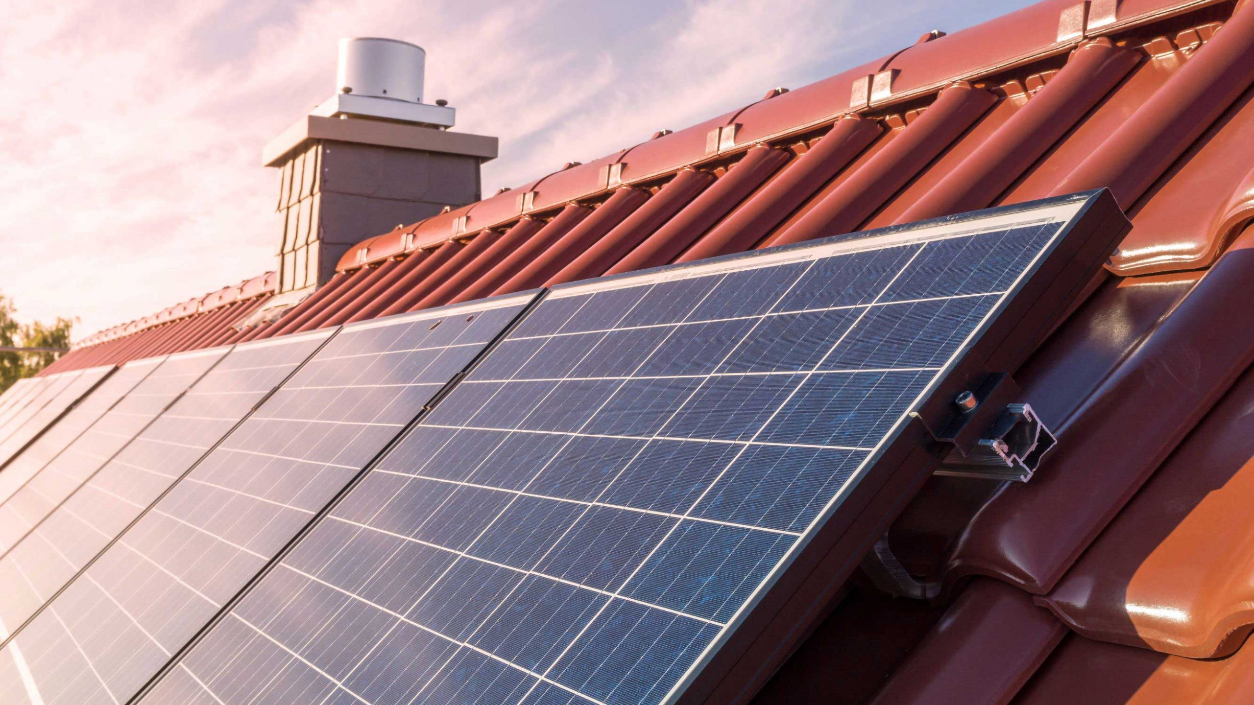 The Best Roof for Solar Panels: Is Your Home a Fit?