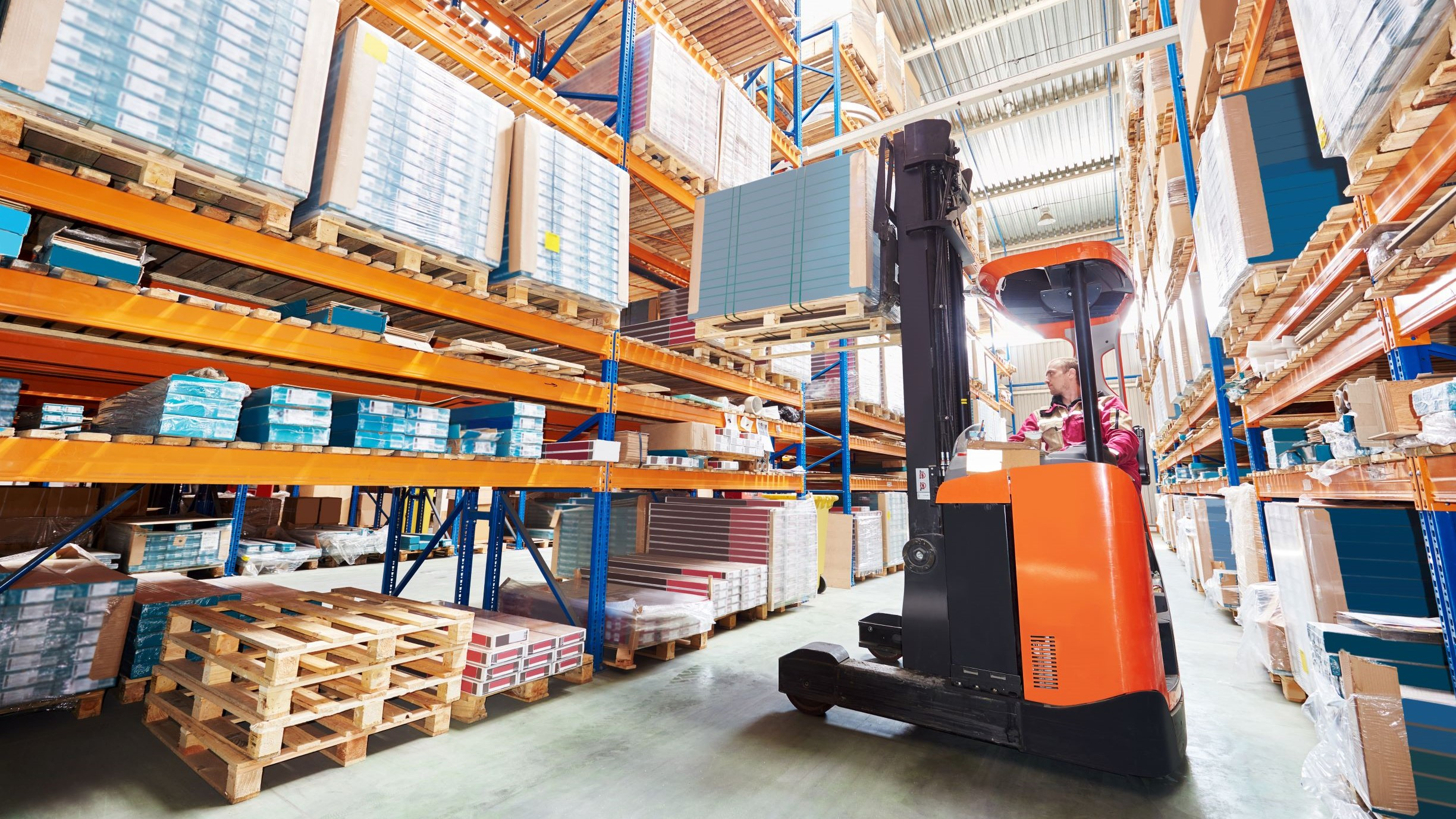 Quick Ways to Increase Warehouse Forklift Efficiency