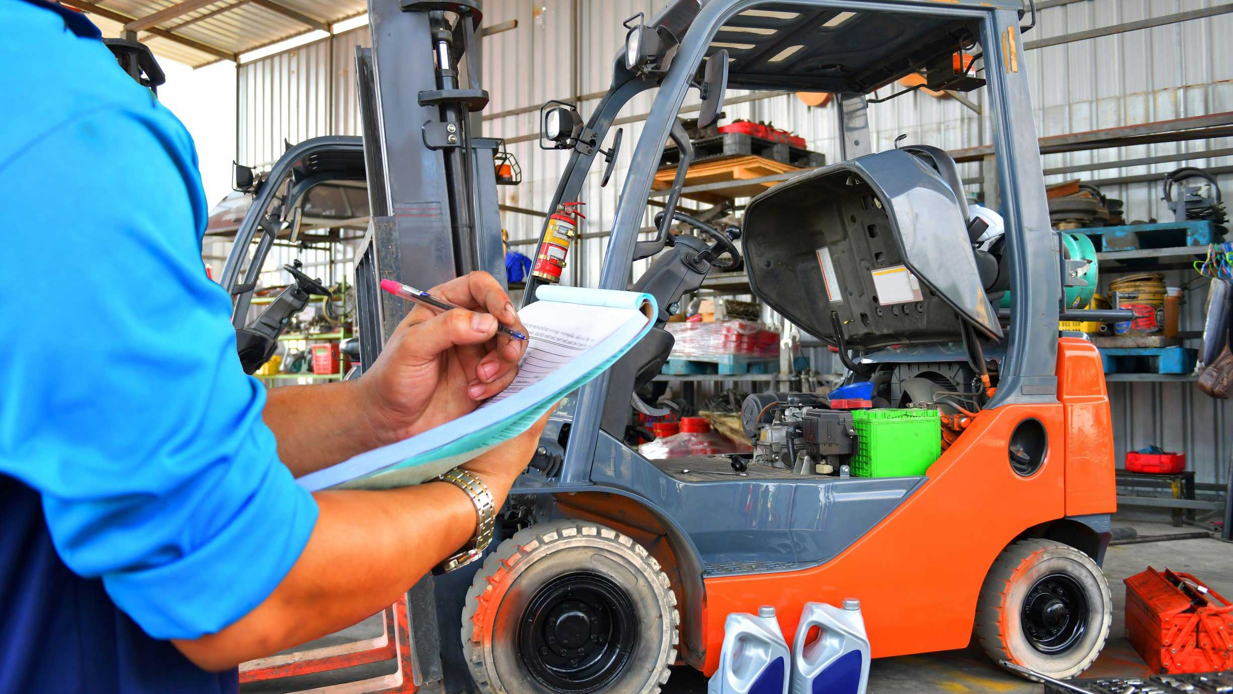 Forklift Maintenance: How to Conduct Fork & Chain Inspections