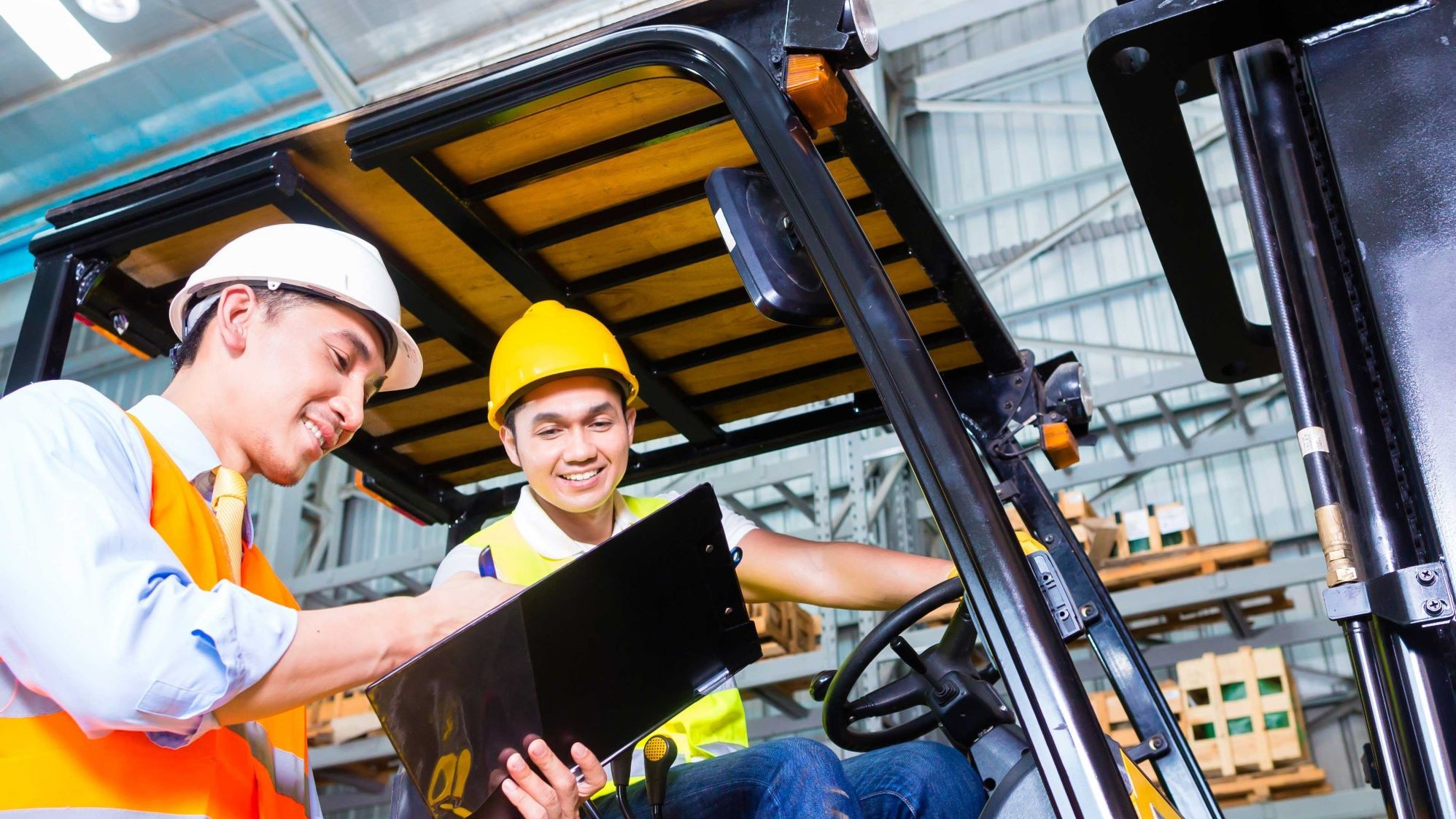 How to Perform Lift Truck Maintenance for the Spring