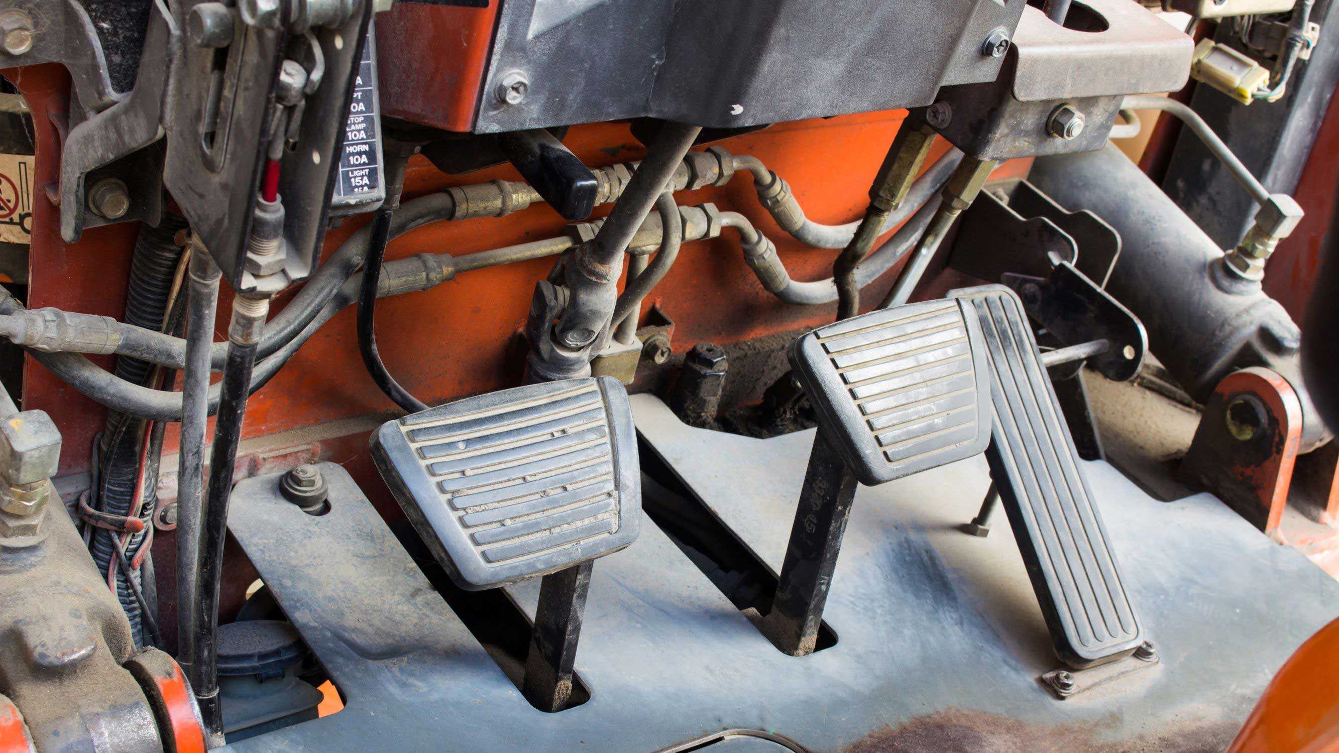 How to Perform a Forklift Brake Inspection in 5 Steps