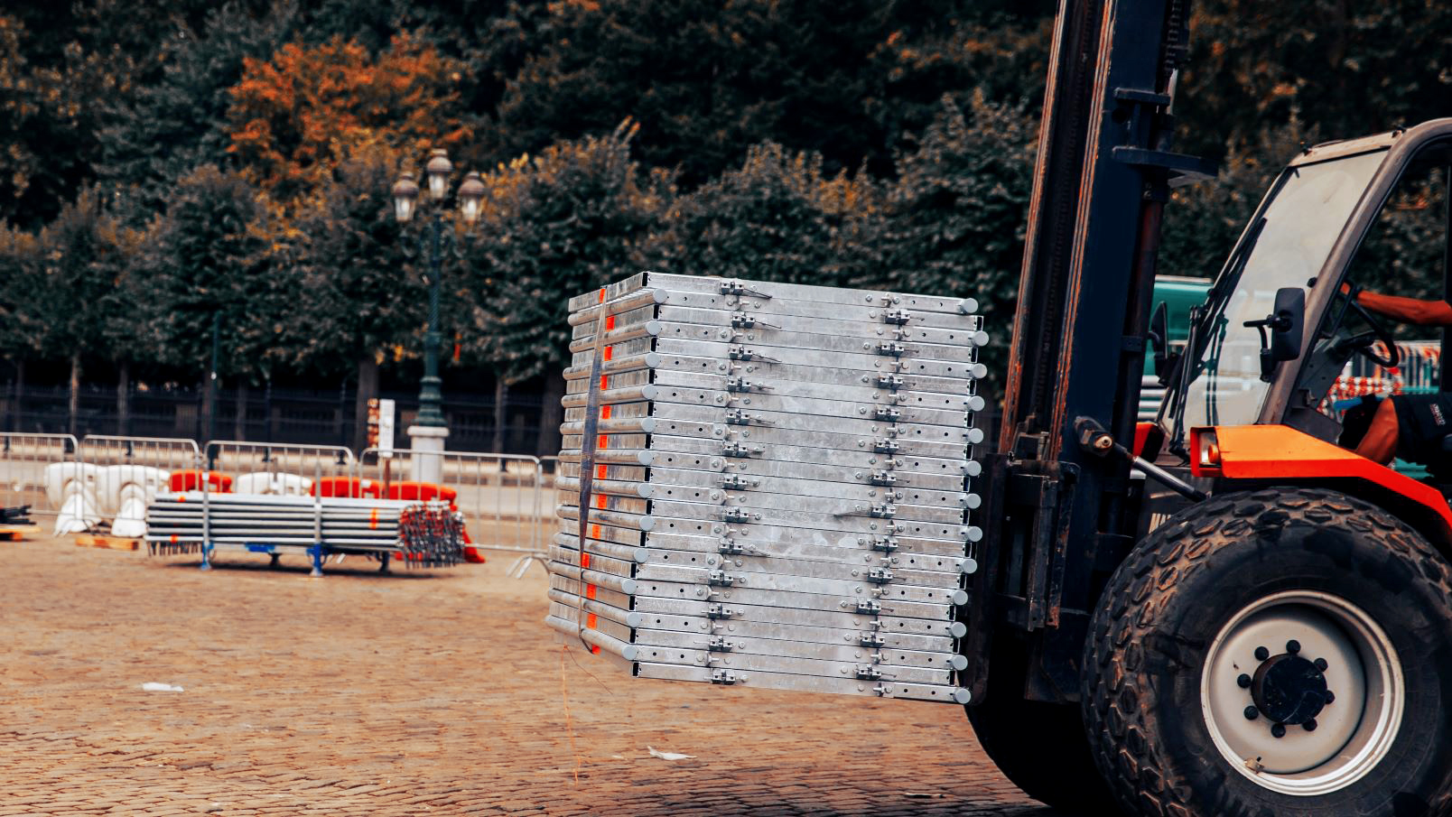 Use This Forklift Maintenance Checklist to Prepare for Fall